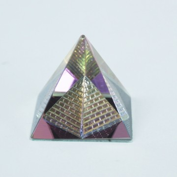 Mystic Double Pyramid 40 mm