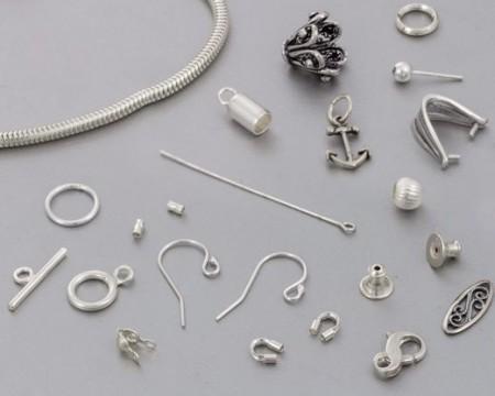 Festeanordninger for smykker
